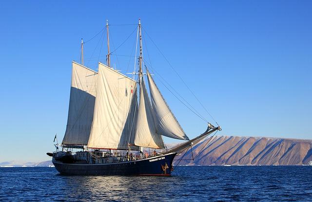 sailboat-459794_640